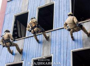 Росгвардейцы Северного Кавказа прошли курс высотной спецподготовки во Владикавказе